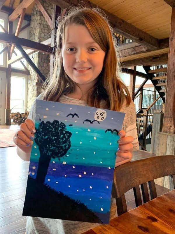 Young Artist Shows Off her Lovely Night Landscape