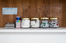 65 - Jars with Dental Stuff