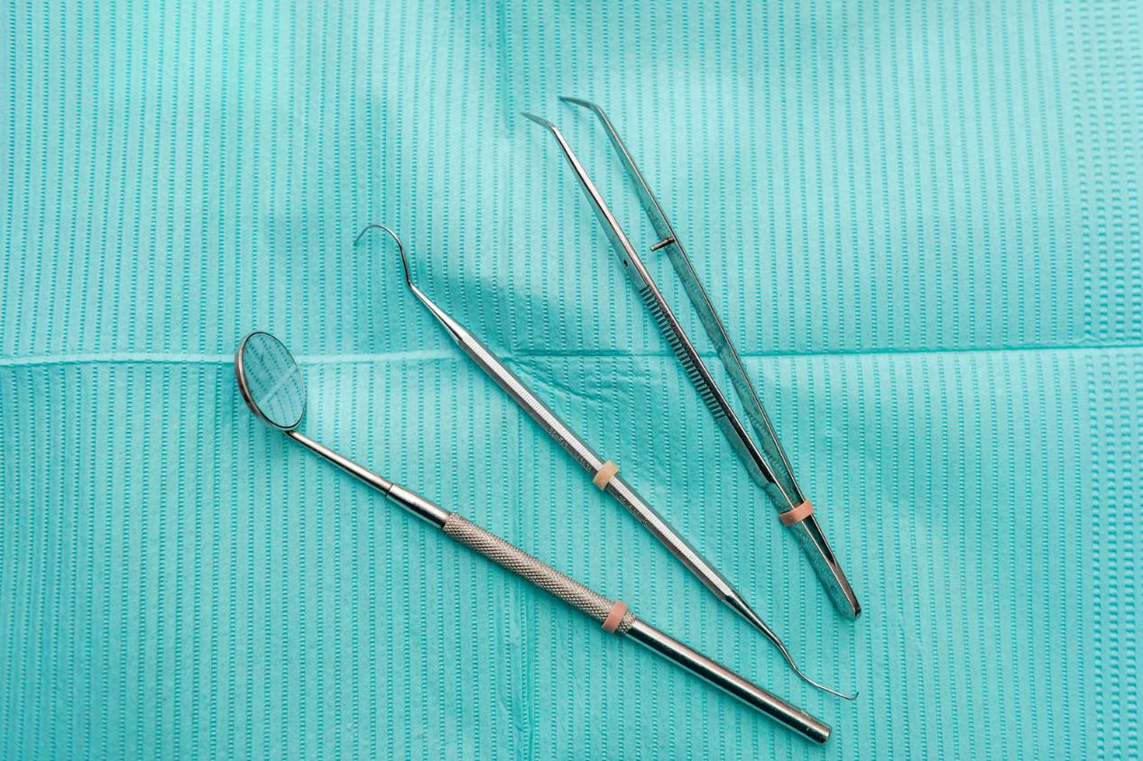 67 - Flat Lay Dental Tools 2