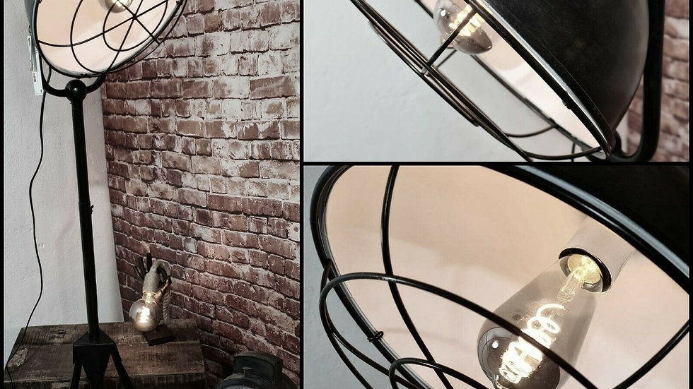 Industrie Stehlampe schwarz weiß