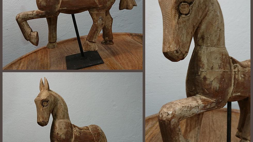 Skulptur Holz Pferd
