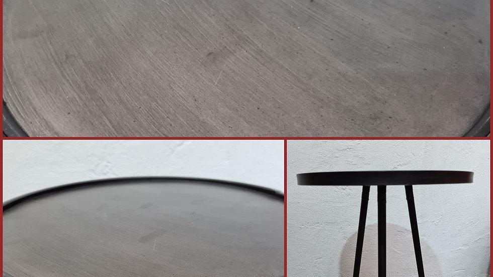 Metall Tisch in schwarz