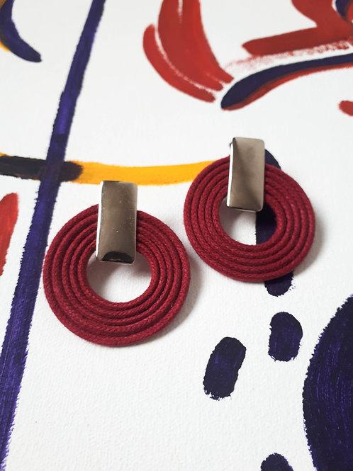 Brinco cordas médio - várias cores