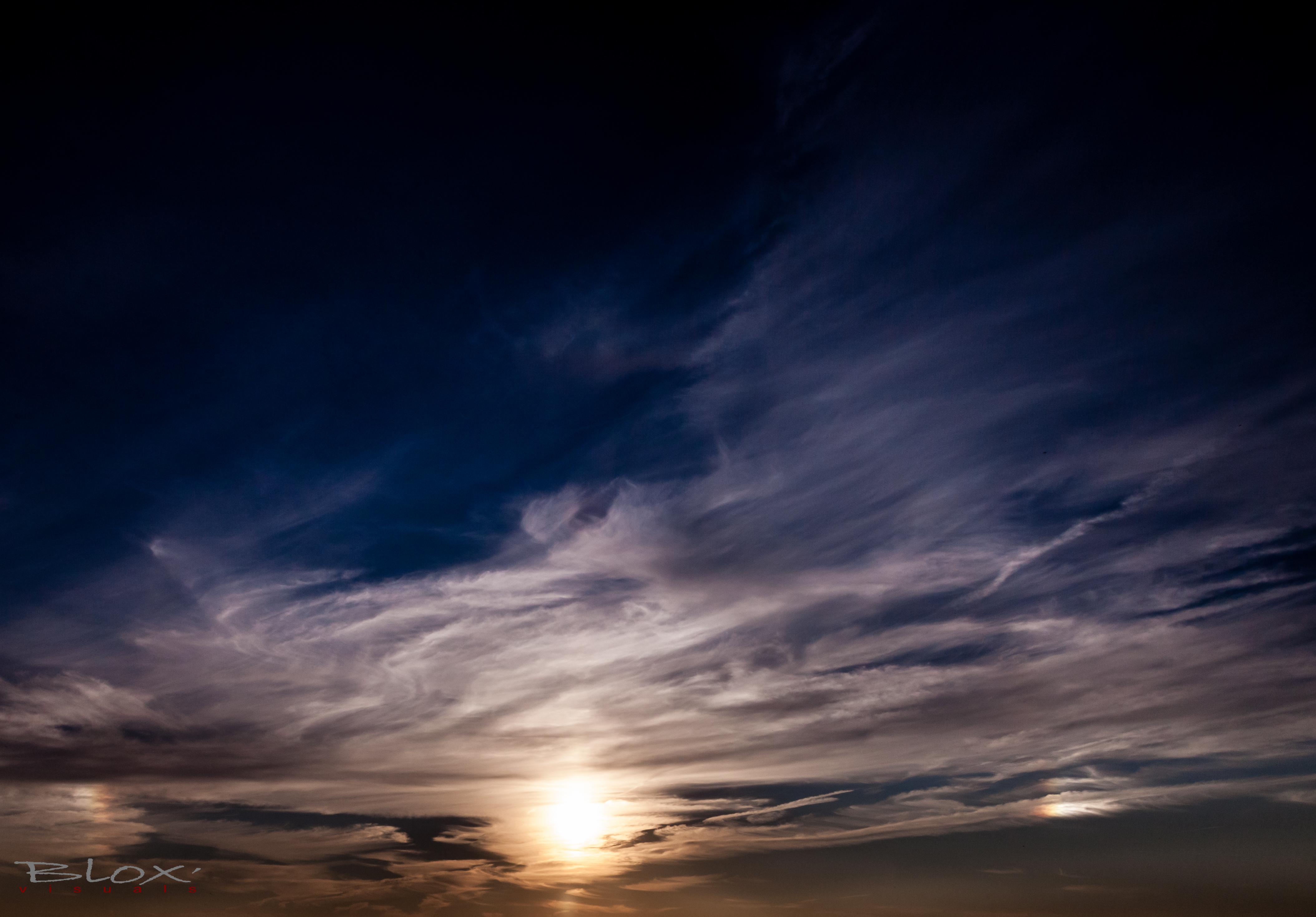 bijzonnen in wolk-1371