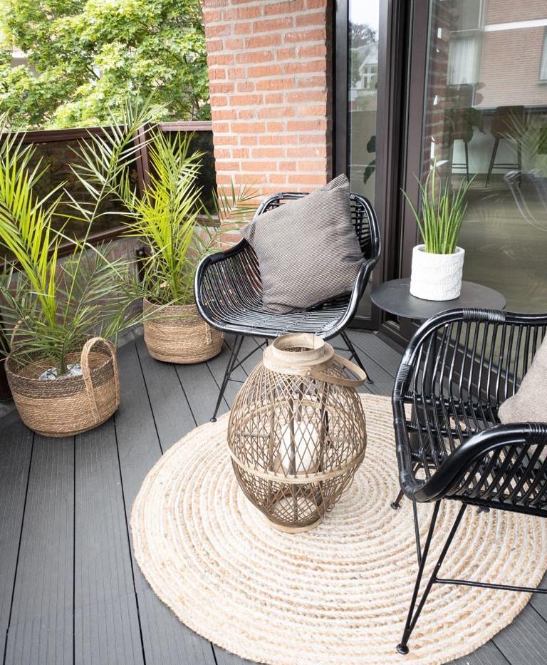 Balcony (SW)