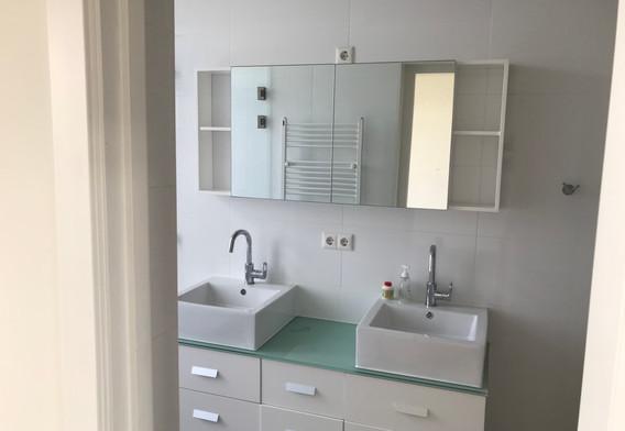 Badkamer bij de masterbedroom