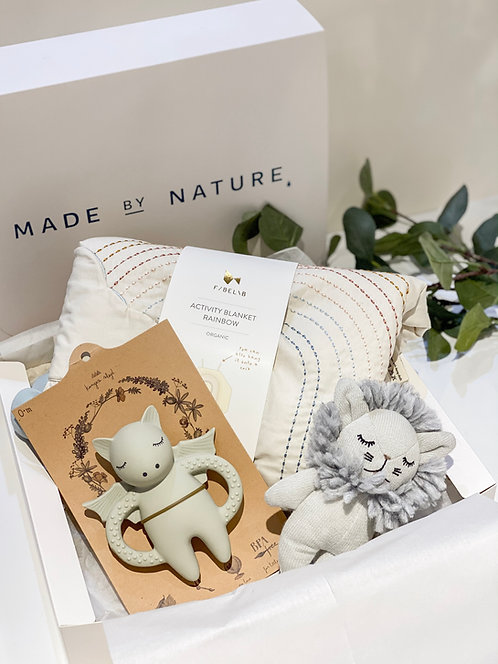"""""""Baby First Play"""" Gift Box, Made by Nature"""