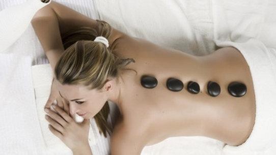 Massage du dos aux pierre chaudes