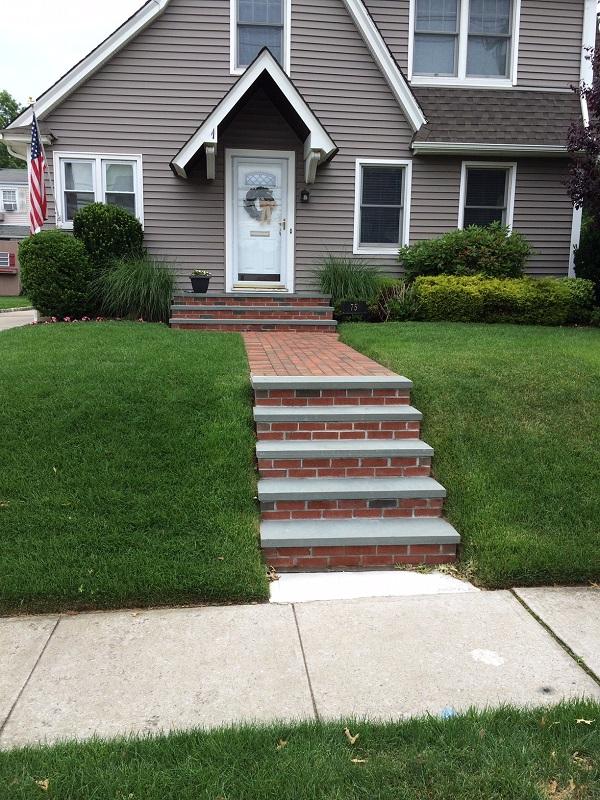 brick-concrete-stoop-steps