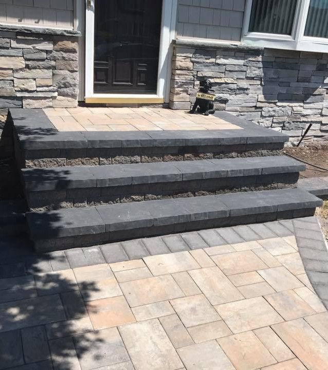 Stoop and Siding Mixed Natural Stones