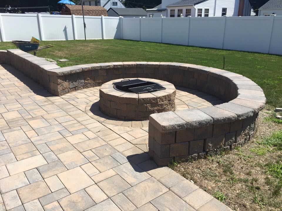 CUSTOM DESIGN FIREPIT