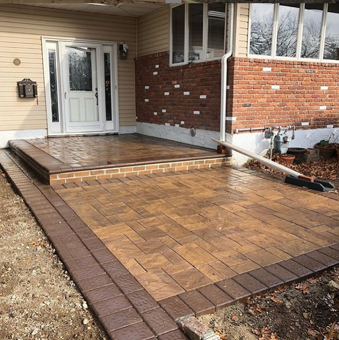 Front Patio with Brick Step