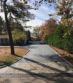 asphalt driveway belgium block apron