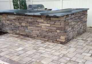 Outdoor Kitchen Set with Natural Stones