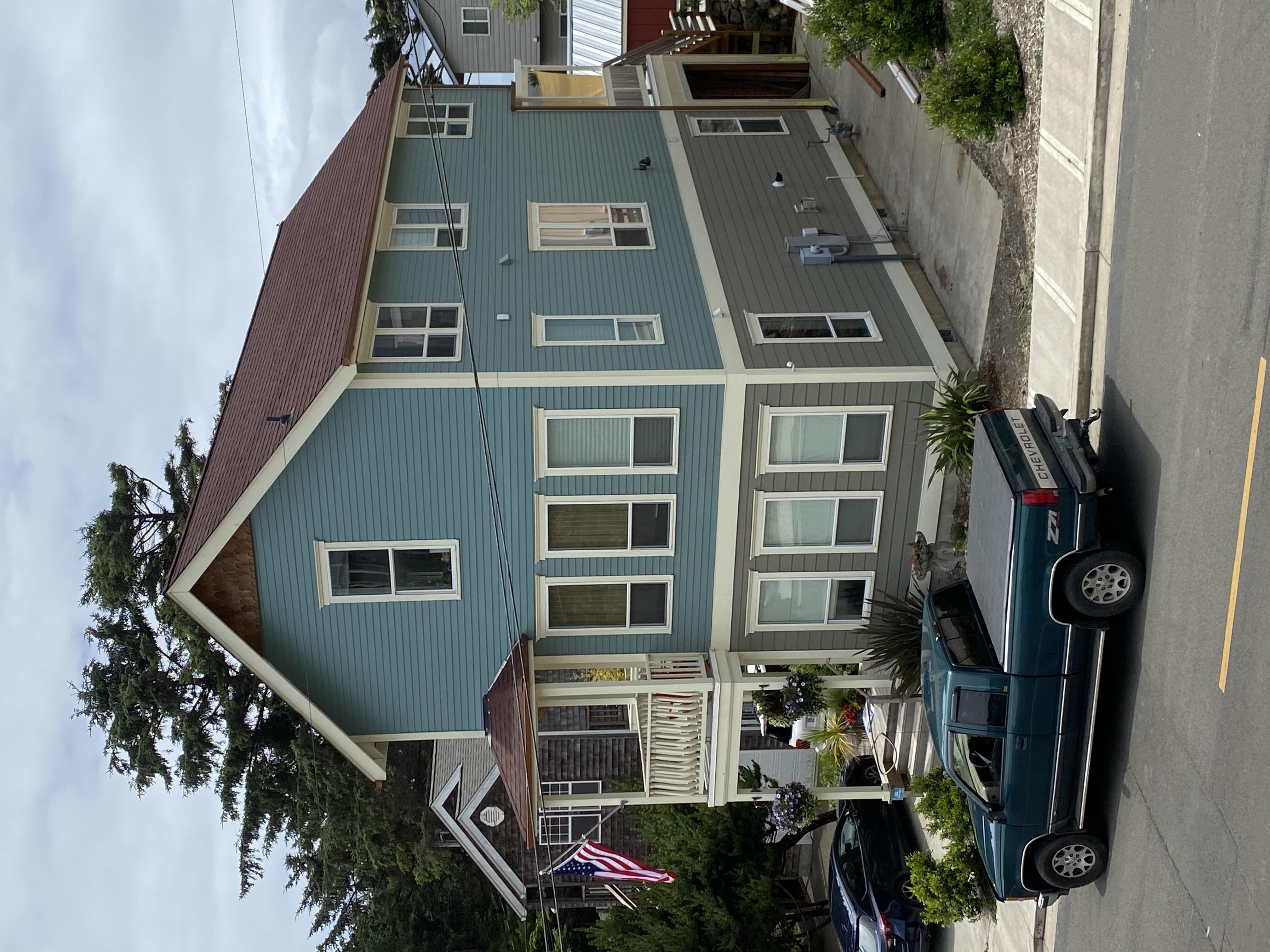 2333 SW Coast Ave - NE corner