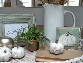 How To Create an Autumn Vignette