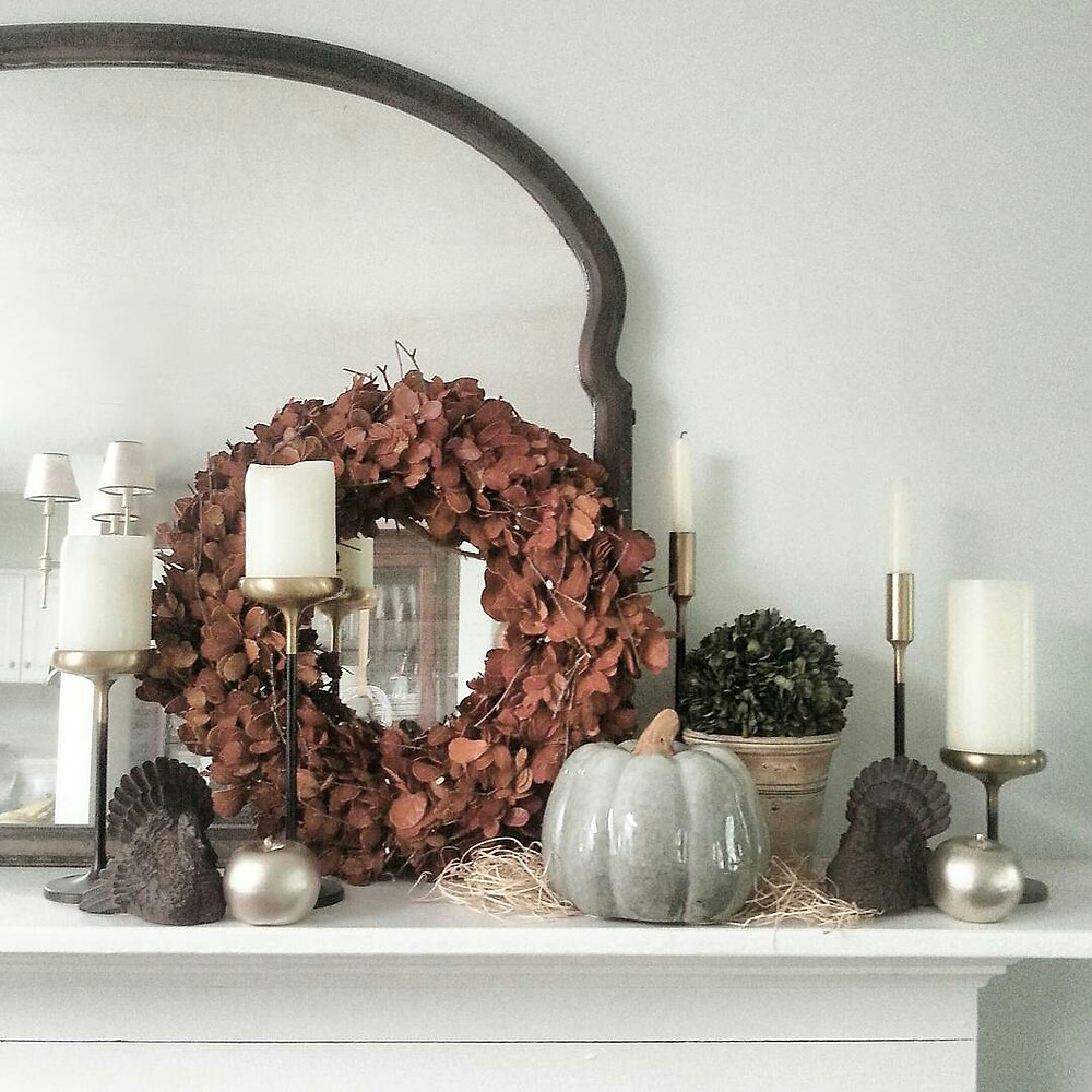 thanksgiving mantel makeover