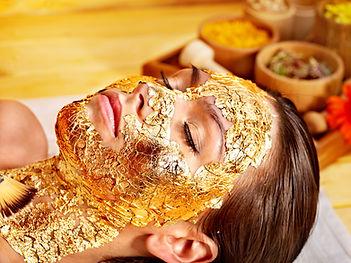 skin Golden Glow Behandlung