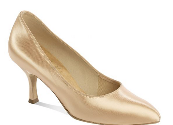 1003 - Pointed toe and curved front