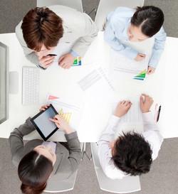 株式会社 オフィス K's 広告代理店 会議