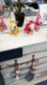 神戸三田、新さんだ農園 いな岡のいちご狩り受付台のぬいぐるみ