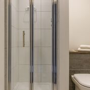 High Pressure Walk-in Showers