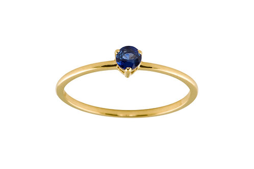 Blue sapphire medium Solitaire 18k gold ring
