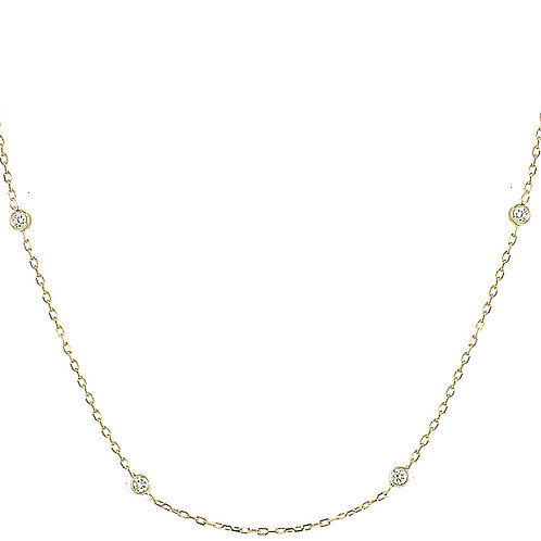 Four diamonds Solitaire necklace 18kt gold
