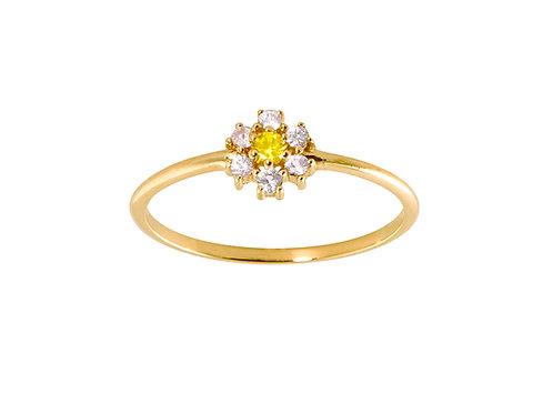 Baby daisy 18k gold ring