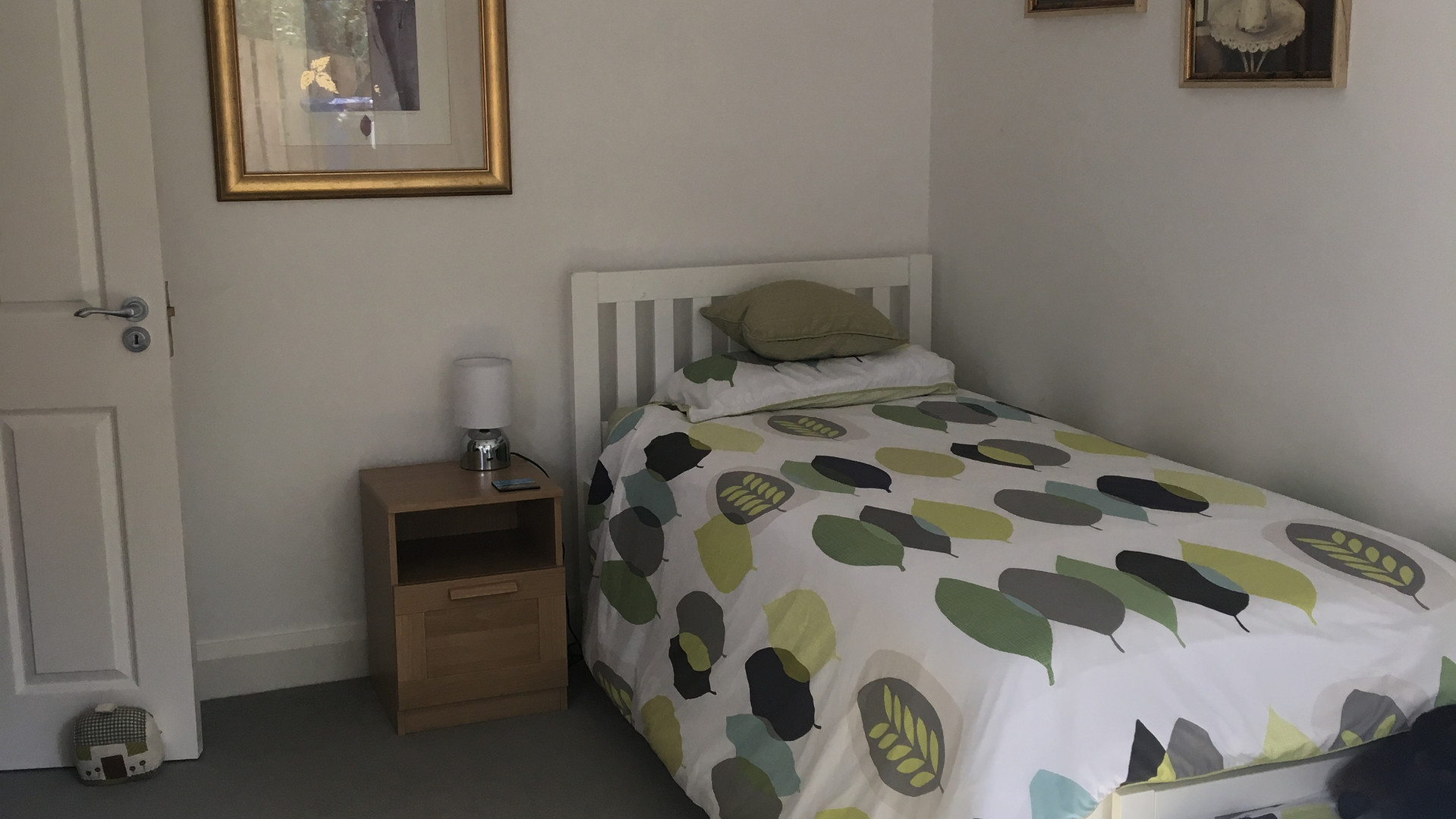 Room on ground floor with pull out single bed and toddler bed