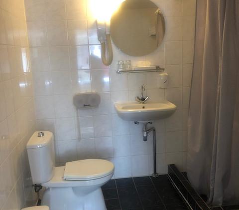 331 shower.jpg