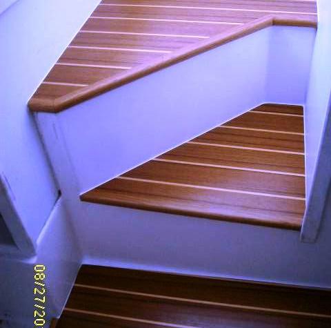 T&H Companionway steps.JPG