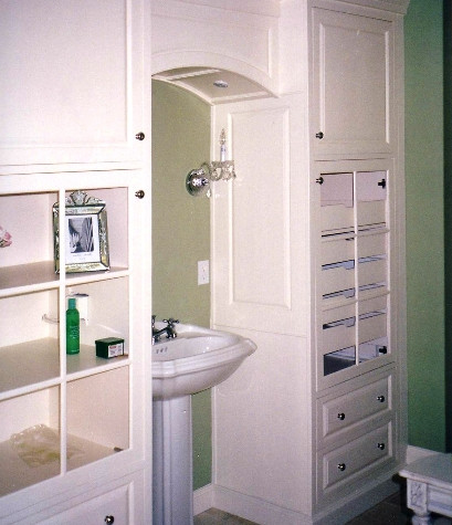Twin vanity wall system