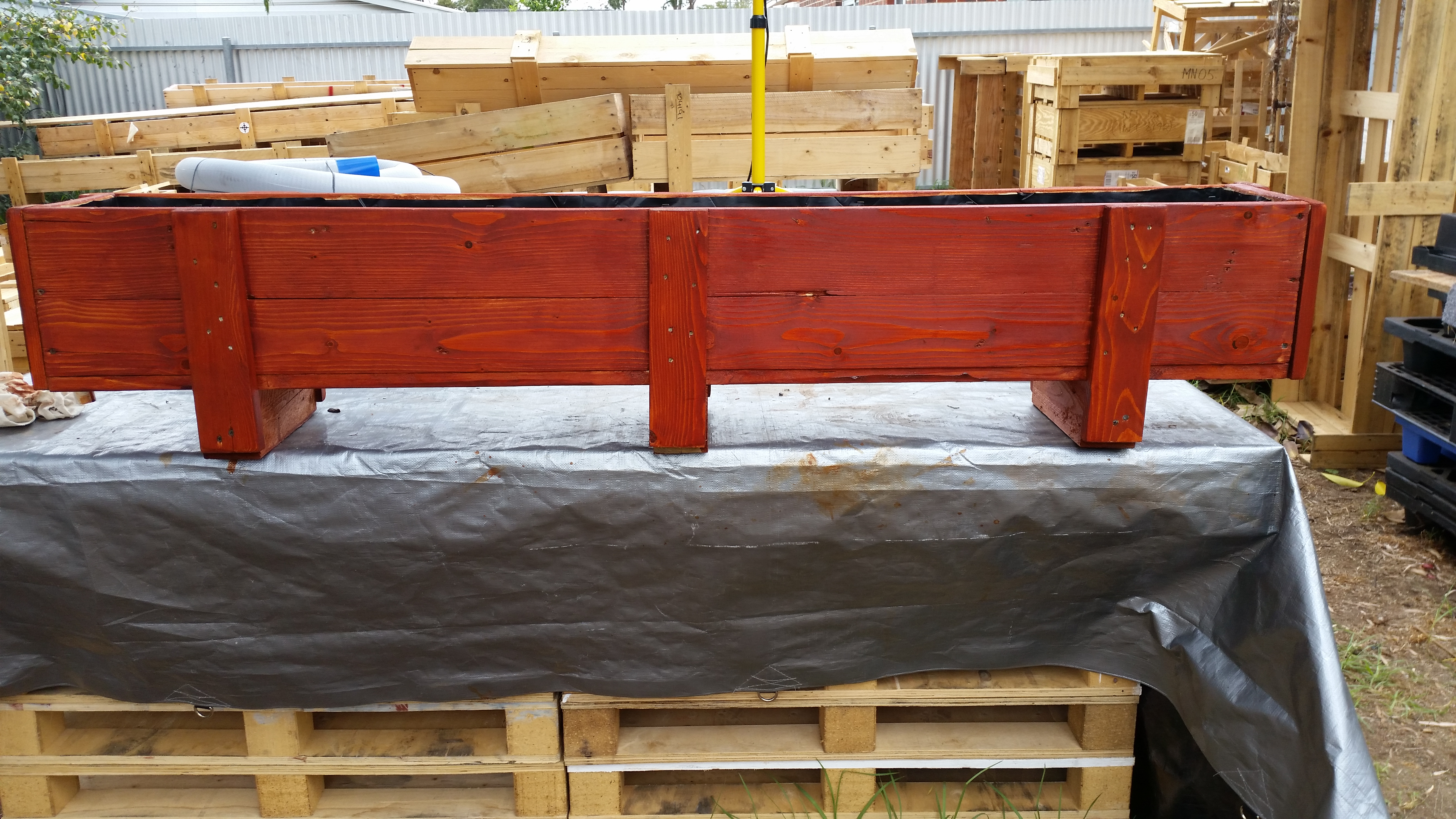upcycled-shipping-crate-planter