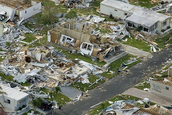 hurricane-63005_1280.jpg