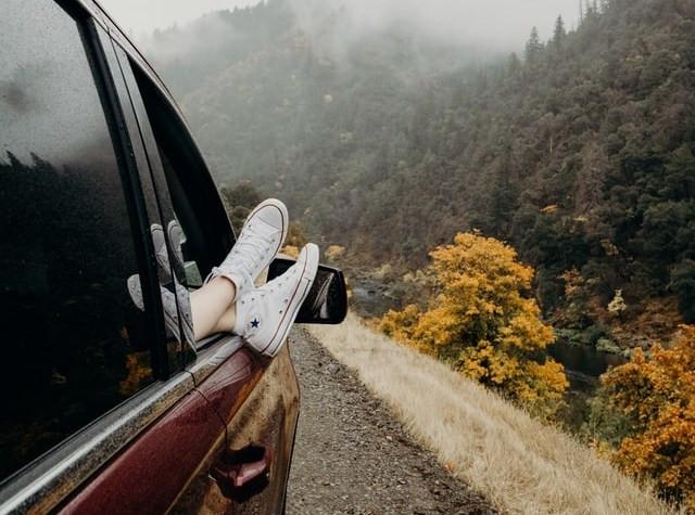 travel car converse shoes