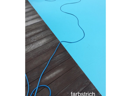 Farbstrich im Pool...