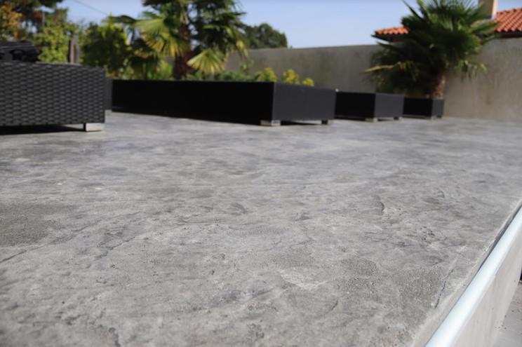 Terrasse impression roche