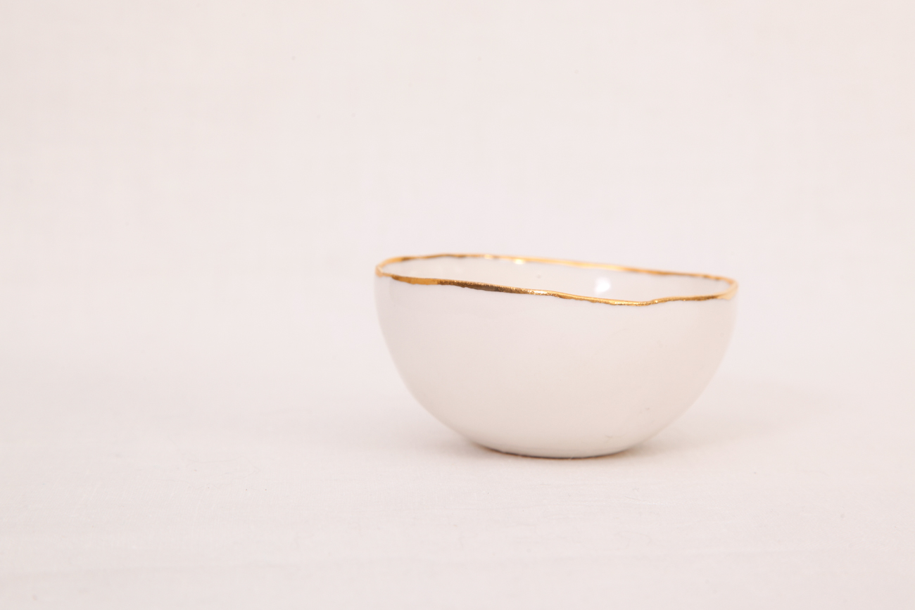 porcelain bowl with gold