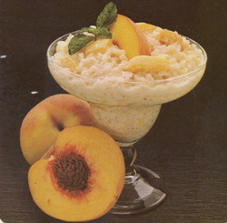 Creamed Rice and Peaches