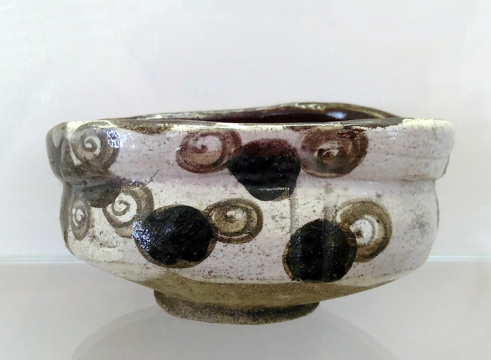 Oribeware tea bowl from early 17th c.