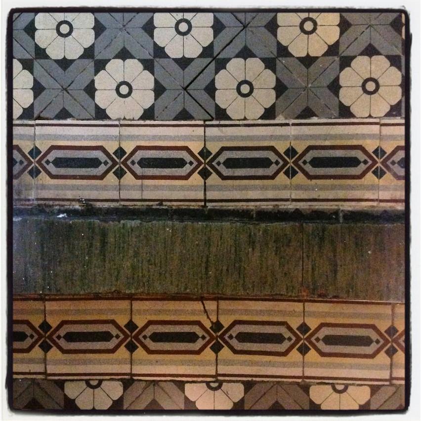 Tiles in 19th c. villa
