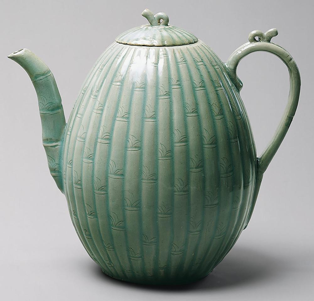 12c Goryeo celadon ewer