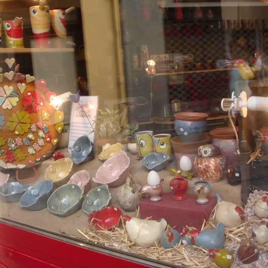 Pottery shop in Beziers