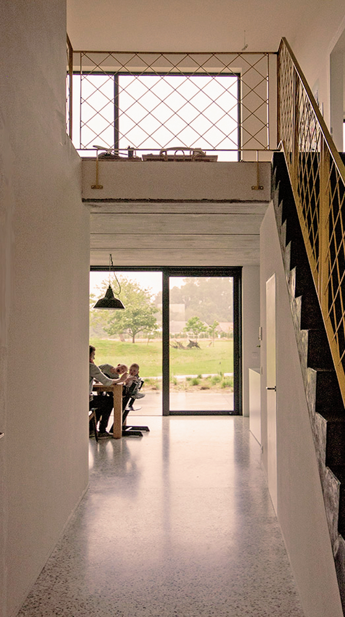 2014-Architectenbureau KNAP-Industrieel-Verbouwing-traphal-01