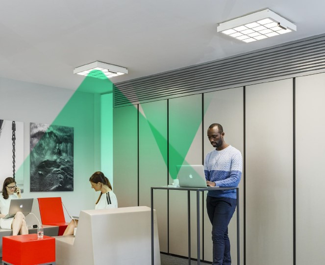 LiFi WiFi through light in office space