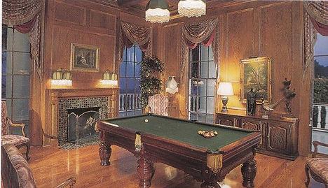 brochure pool table.jpg