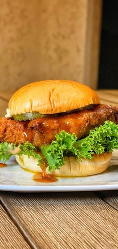 Houstoneatz_Cayenne-Honey-Butter-Chicken