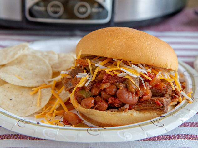 Chili Pulled Beef Sandwiches