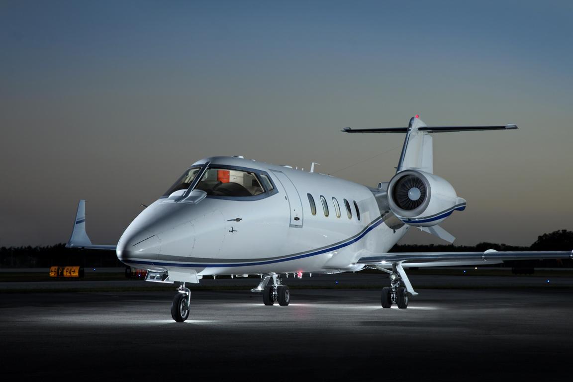 N603GR_LR60_jet-2_side_front-3mb